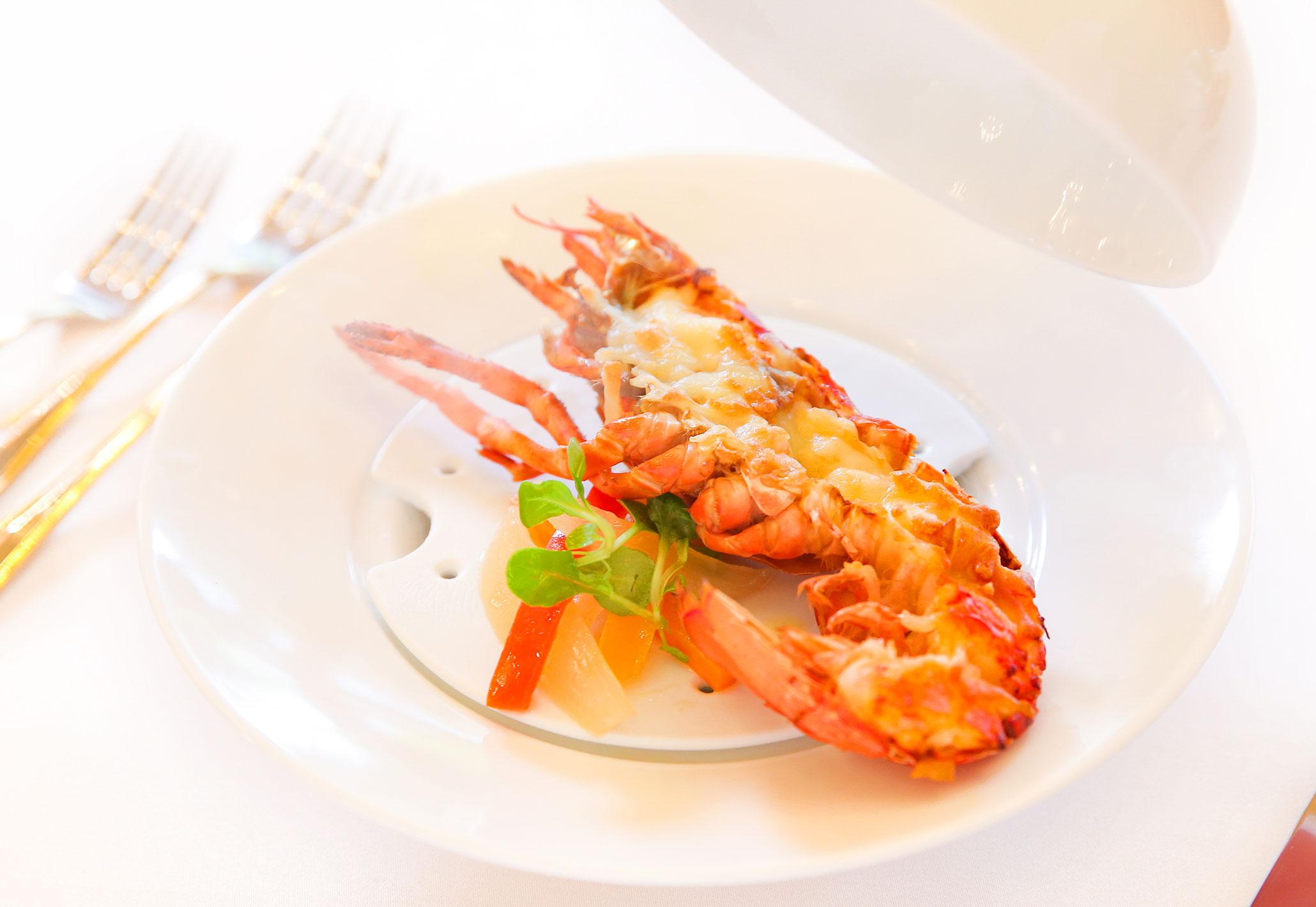 【魚料理】活オマール海老のテルミドール | 愛媛県西条市の結婚式場ベルフォーレ西条