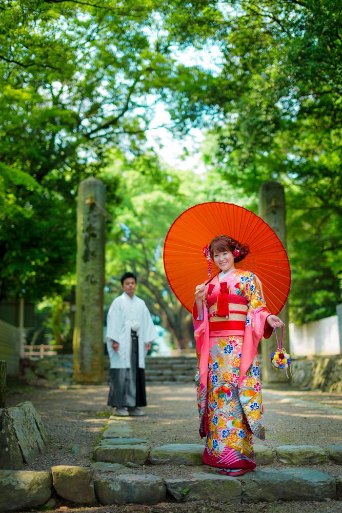 伊曽乃神社は前撮りスポットも多数。初詣、出産後のお宮参りなど、人生の節目ごとに訪れて思い出を重ねて   愛媛県西条市の結婚式場ベルフォーレ西条