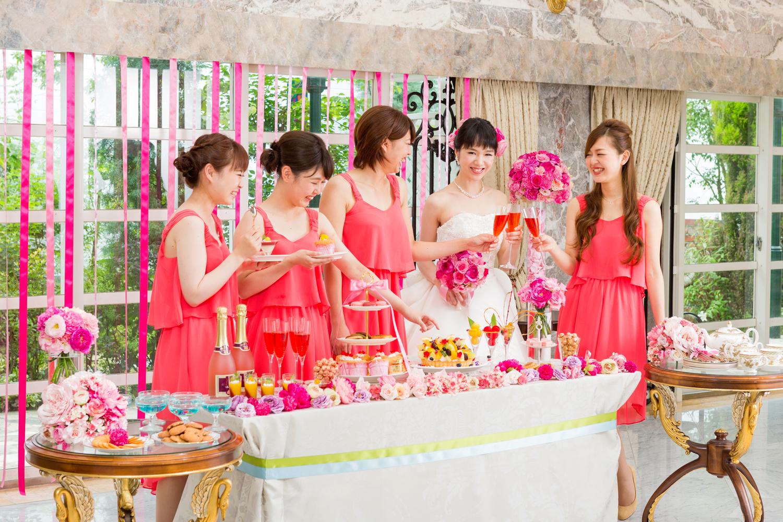 乙女心をくすぐるデザートビュッフェ!カラフルなデザートやドリンクで思いっきりガーリーに仕立てて | 愛媛県西条市の結婚式場ベルフォーレ西条